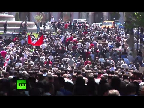 rights - 0:02-0:24 Video courtesy http://info9.ge Thousands Orthodox anti-gay activists broke through police cordon and pursued gay rights protesters in Georgia's cap...
