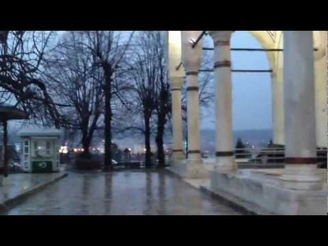 Rainy magrib in Skopje, Masha'Allah (видео)