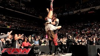 Video Kane attacks Daniel Bryan: Raw, April 21, 2014 MP3, 3GP, MP4, WEBM, AVI, FLV Juli 2018