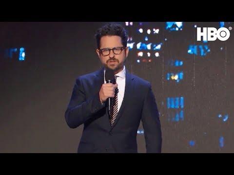 J.J. Abrams Auctions Off Star Wars Plot | Night Of Too Many Stars | HBO (видео)