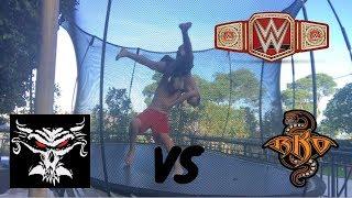 Download Video Brock Lesnar vs Randy Orton Universal title match! MP3 3GP MP4