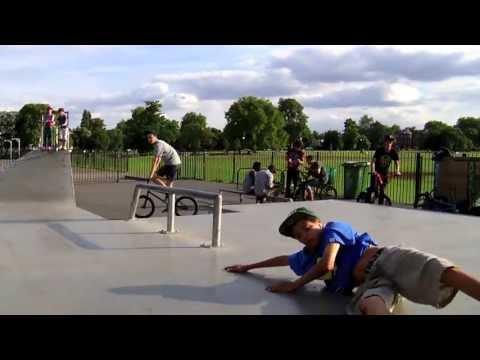 Ilyas Eyamba - Clapham Common Skatepark
