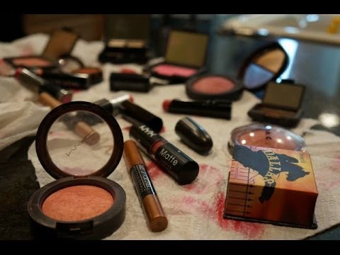 Must - We love sharing our beauty favorites with you guys, and we thought we'd start with eyeshadows, blush and lipstick! If you like this video and want to know mo...