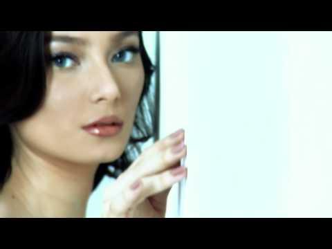 RobinHood feat Asmirandah - Salahkah Kita