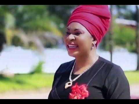 Lise MANZAMBI  - Vive le mariage - Clip