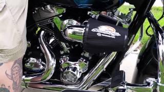 4. 2009 Harley Davidson Street Glide Engine start