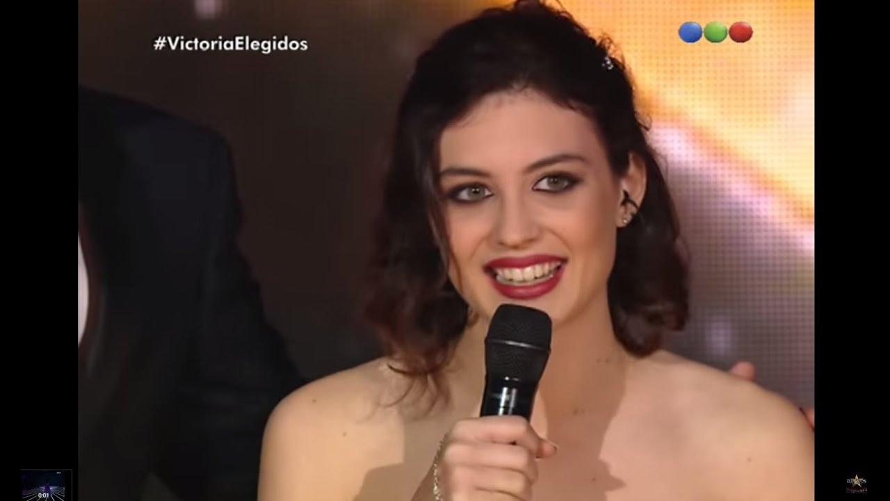 "Big Band: Victoria Bernardi canta ""Under My Skin"" – Elegidos"