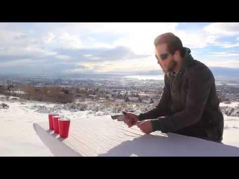 這個男生在雪地裡利用手槍當樂器演奏出的歌曲,完全是神的境界!