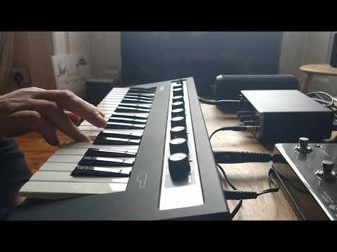 Yamaha Reface CP improvisation