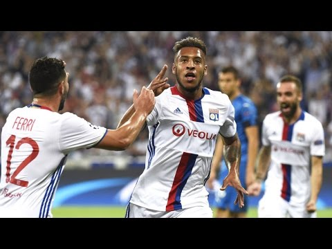 FIFA 17 VALENCIA CAREER MODE   Noul mijlocas este...#2