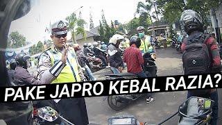 Video pake japro kebal razia polisi #motovlog indonesia MP3, 3GP, MP4, WEBM, AVI, FLV September 2018