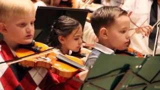 Alesa play violin