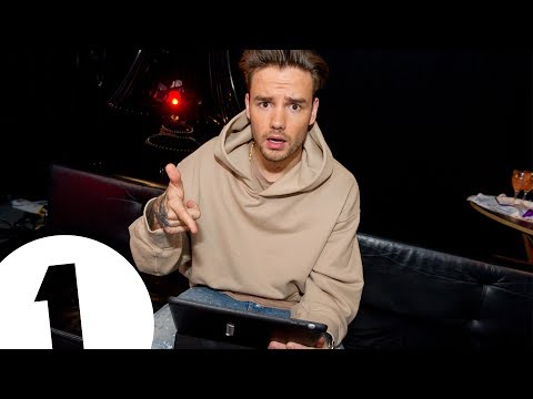gratis download video - Liam-Payne-reads-filthy-messages--CONTAINS-ADULT-THEMES