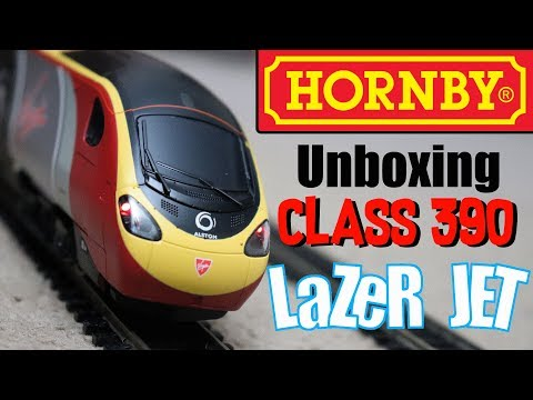 Hornby - Unboxing Class 390 Virgin Pendolino