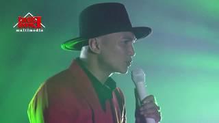 Video ANJI - MENUNGGU KAMU - LIVE DI BEST WESTERN SOLO MP3, 3GP, MP4, WEBM, AVI, FLV Mei 2018