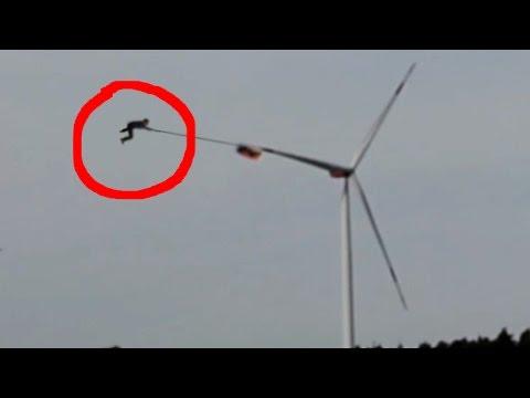 turbina-wiatrowa-i-zakrecony-spadochroniarz