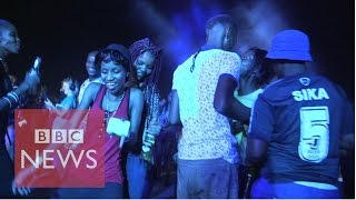 Subscribe to BBC News www.youtube.com/bbcnews For the BBC's Best Nightclub in Africa series, Radio 1Xtra's DJ Edu travels to ...