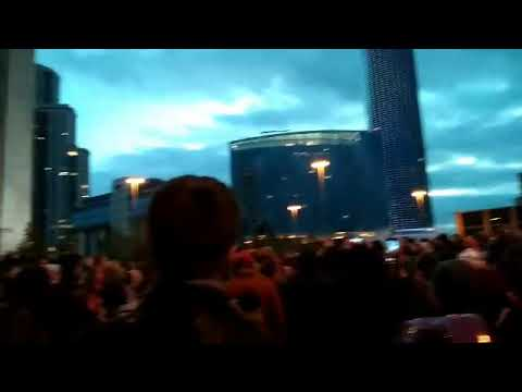 Екатеринбург, народ требует референдум