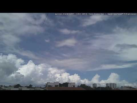 Formações de Cumulonimbus(CB), Vistas em Paulista, Pernambuco, 12 de Abril de 2008.(Timelapse)