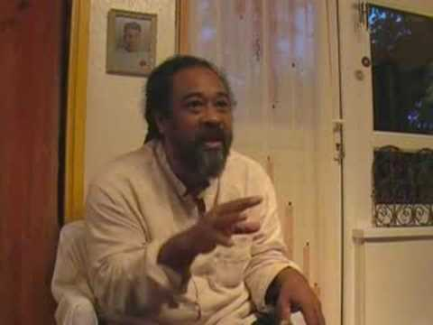 Mooji Video: Find the Source of Answers Within You