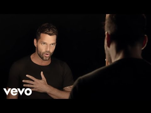 Ricky Martin  - Disparo Al Corazon