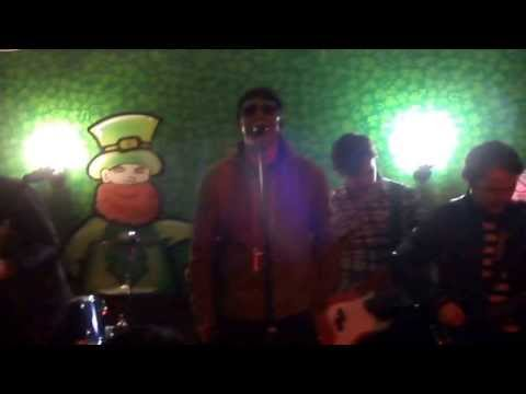 THE MASTERPLAN (Chilean Tribute) -BRING IT ON DOWN (Irish Pub Saint Patricks Day,Santiago,Chile)