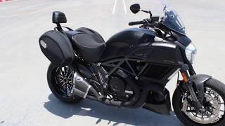 10. 2015 Ducati DIAVEL DARK