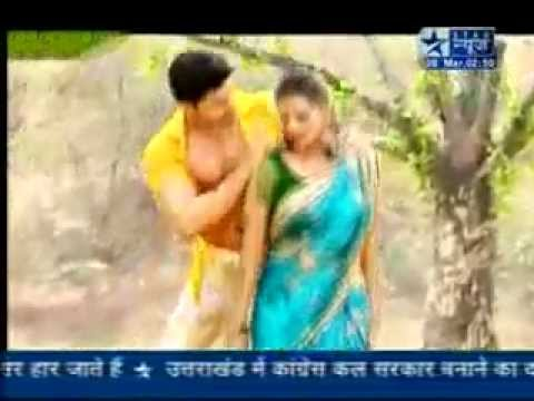 Video SBS - Holi Special _ Gurmeet & Kratika's Rain n Mud Dance - 8th March 2012 download in MP3, 3GP, MP4, WEBM, AVI, FLV January 2017