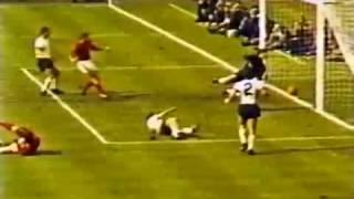WM 1966: Geoff Hursts umstrittenes Tor in Farbe
