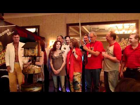 bruce campbell cutting cake at spooky empire 2011