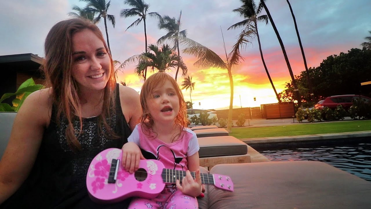 Adley plays Disney Princess songs with her new Pink Guitar in hawaii  (family beach day)