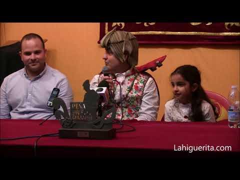 Entrega de premio al mejor estribillo a Carlos Columé en los Carnavales de Isla Cristina 2020