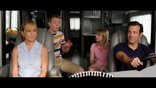 Nonton We're the Millers - Official Trailer [HD] Film Subtitle Indonesia Streaming Movie Download
