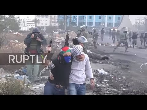 Video - Σκληρές εικόνες/Ραμάλα: Πυροβολούν άνδρα ζωσμένο εκρηκτικά