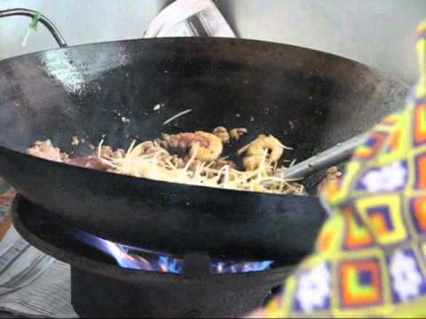 Two Minutes Flat! – – Fast Thai Wok Cooking. . . . Shrimp with Ginger