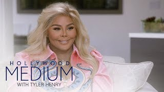 "Video Tyler Henry Makes Contact With Lil' Kim's Late ""Soulmate"" 