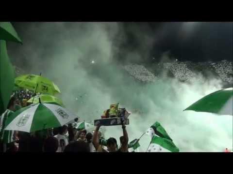 Salida Los Del Sur Nacional 3 - 0 Peñarol Copa Libertadores Abril 10 2012(HD) - Los del Sur - Atlético Nacional