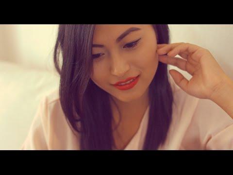 Video Anup Kunwar x B-8EIGHT - Kasari Bhanu Ma [OFFICIAL MUSIC VIDEO] download in MP3, 3GP, MP4, WEBM, AVI, FLV January 2017