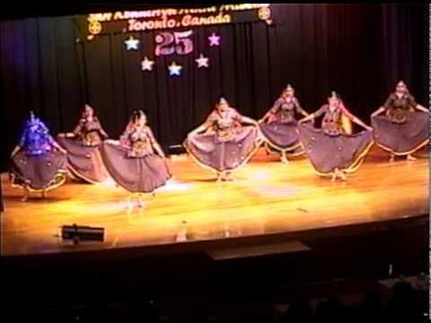 Video RANGEELO MARO DHOLNA - Bollywood Folk Dance download in MP3, 3GP, MP4, WEBM, AVI, FLV January 2017