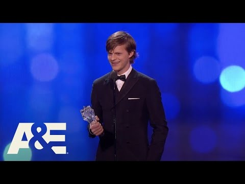 Lucas Hedges Wins Best Young Actor | 22nd Annual Critics' Choice Awards | A&E