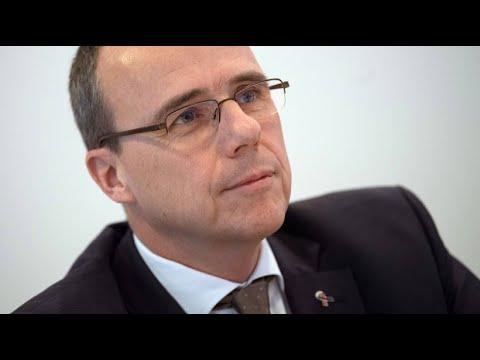 Hessens Innenminister Beuth verteidigt