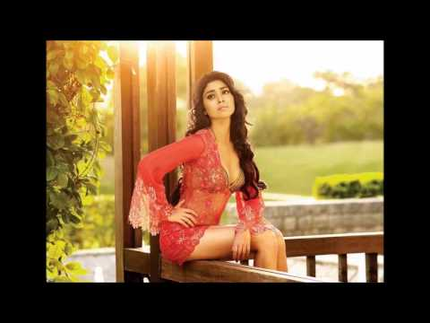 Shriya Sharan Hot Tamil Actress topless