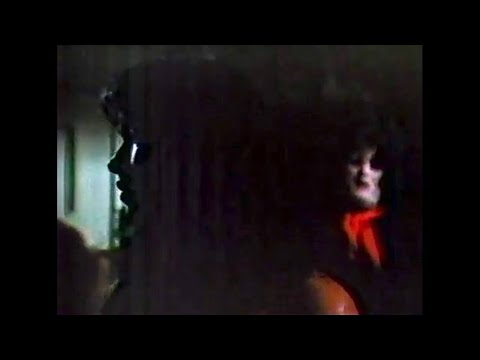 """WOR-TV 1985 """"Tourist Trap"""" (1979) #8/10: Becky Alone in Slausen's House, Fright Night Program"""