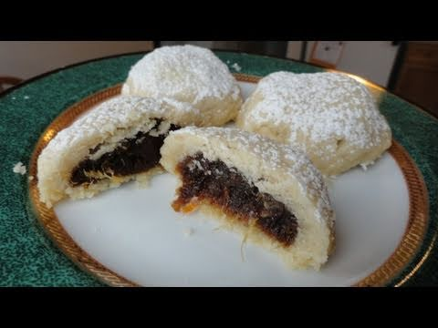 Ma'moul (date pastries) NOT AUTHENTIC (видео)
