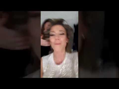 Diletta Leotta canta in camerino e…irrompe il marito