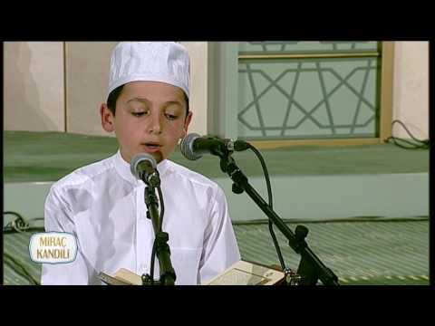 Küçük Necip Fazıl'dan Muhteşem Kur'an Tilaveti