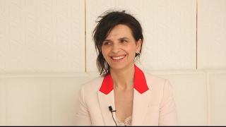 Video Cannes 2017 : Juliette Binoche sous un beau soleil MP3, 3GP, MP4, WEBM, AVI, FLV Mei 2017
