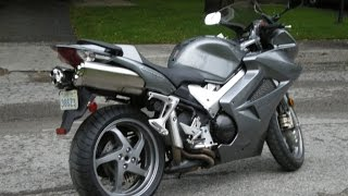 10. 2006 Honda VFR800 Interceptor
