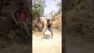 Boxer Vijay Yadav Gopalpur Kachaura hathras up lifting the naal 65kg.