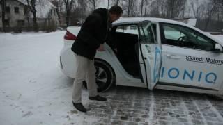 """""""AutoMedia.lv"""" tests: jaunais hibrīds """"Hyundai Ioniq"""""""